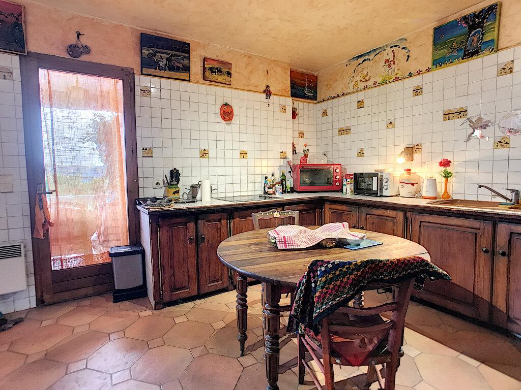 Maison à vendre 6 190m2 à Cagnes-sur-Mer vignette-12
