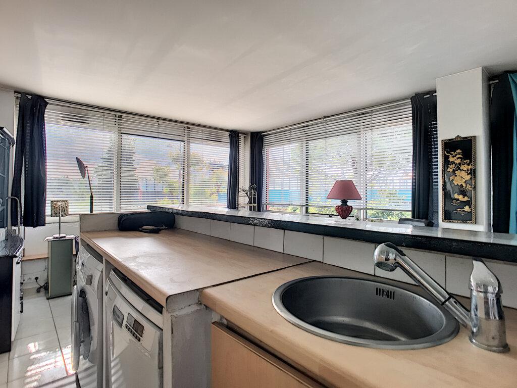 Appartement à vendre 2 57m2 à Cagnes-sur-Mer vignette-3