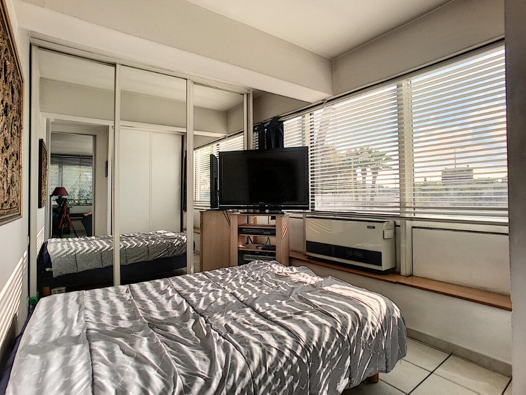Appartement à vendre 2 57m2 à Cagnes-sur-Mer vignette-5