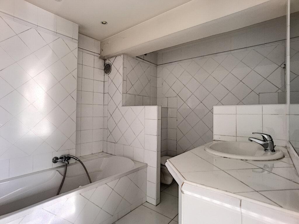 Appartement à vendre 2 57m2 à Cagnes-sur-Mer vignette-6