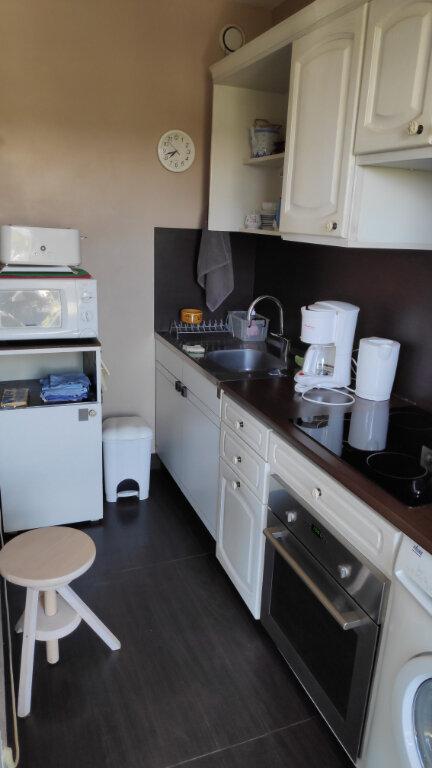 Appartement à louer 1 30m2 à Cagnes-sur-Mer vignette-3