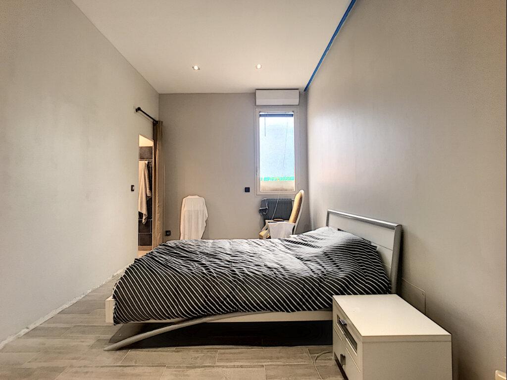 Appartement à vendre 3 114m2 à Nice vignette-7