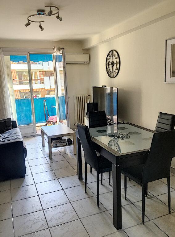 Appartement à vendre 4 65m2 à Cagnes-sur-Mer vignette-3