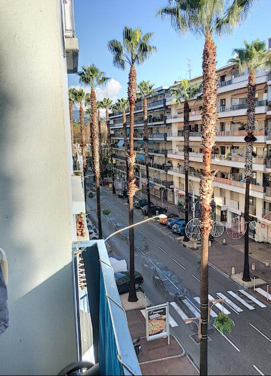 Appartement à vendre 4 65m2 à Cagnes-sur-Mer vignette-6
