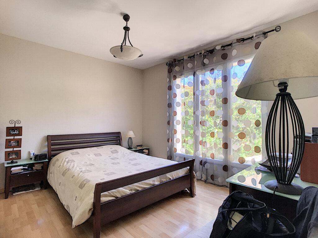 Maison à vendre 5 110m2 à La Colle-sur-Loup vignette-9