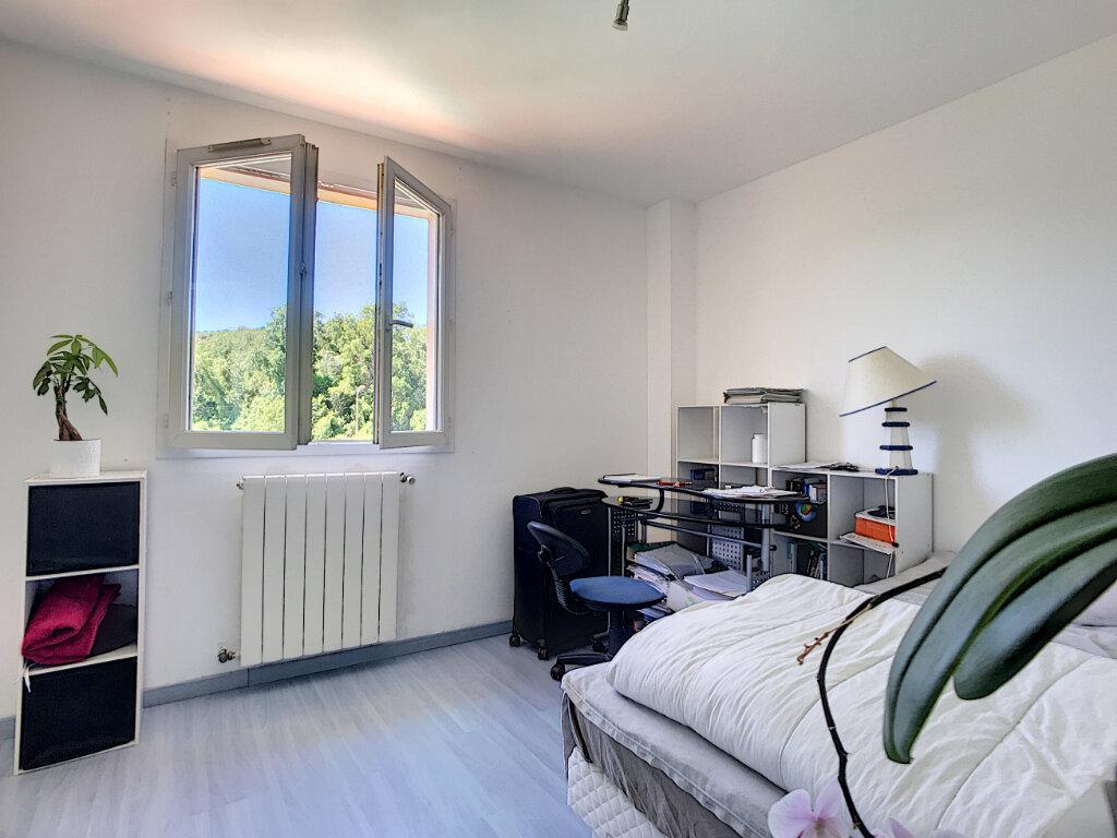Maison à vendre 5 110m2 à La Colle-sur-Loup vignette-10