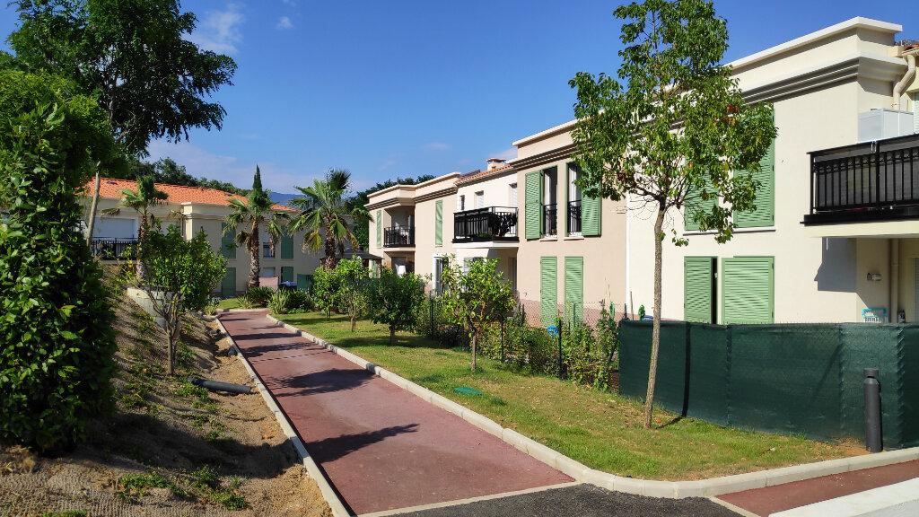 Appartement à louer 2 43m2 à Gattières vignette-2