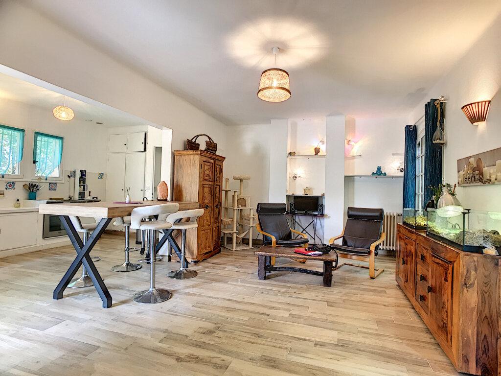 Maison à vendre 8 195m2 à Saint-Paul-de-Vence vignette-6
