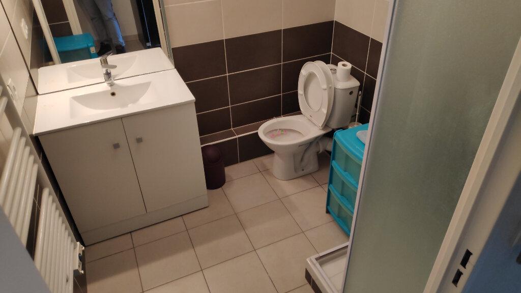 Appartement à louer 1 19m2 à Cagnes-sur-Mer vignette-3
