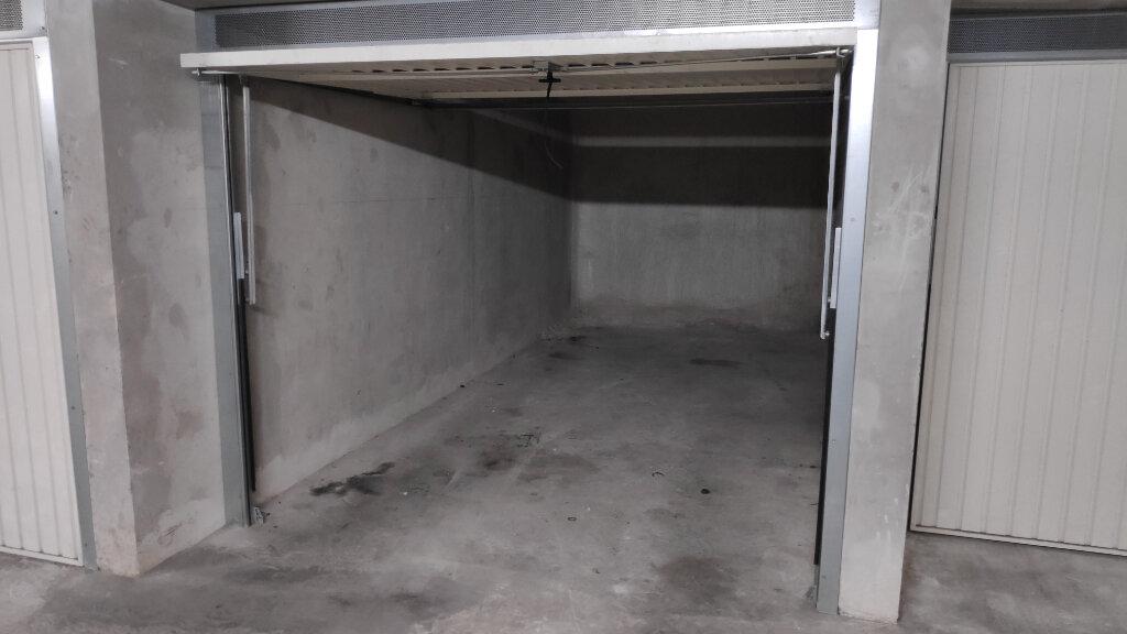 Appartement à louer 2 40m2 à Juan-les-Pins - Antibes vignette-8