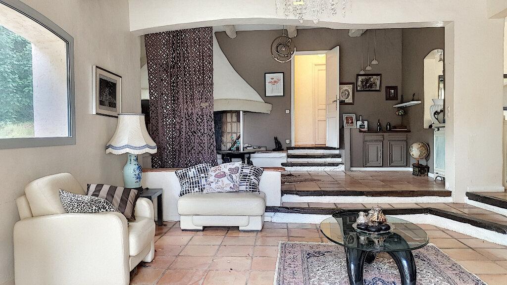 Maison à vendre 7 187m2 à Roquefort-les-Pins vignette-3