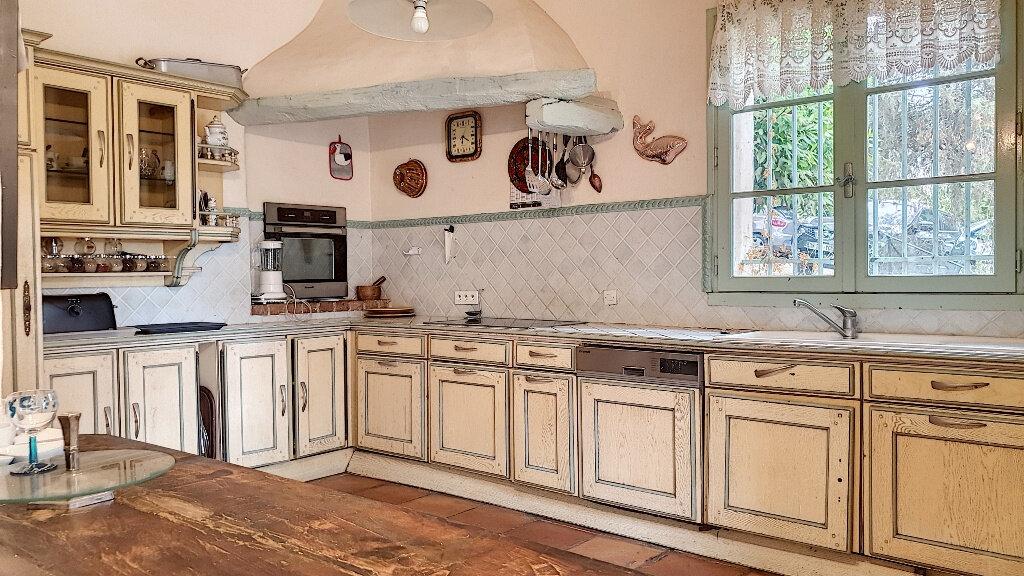 Maison à vendre 7 187m2 à Roquefort-les-Pins vignette-4