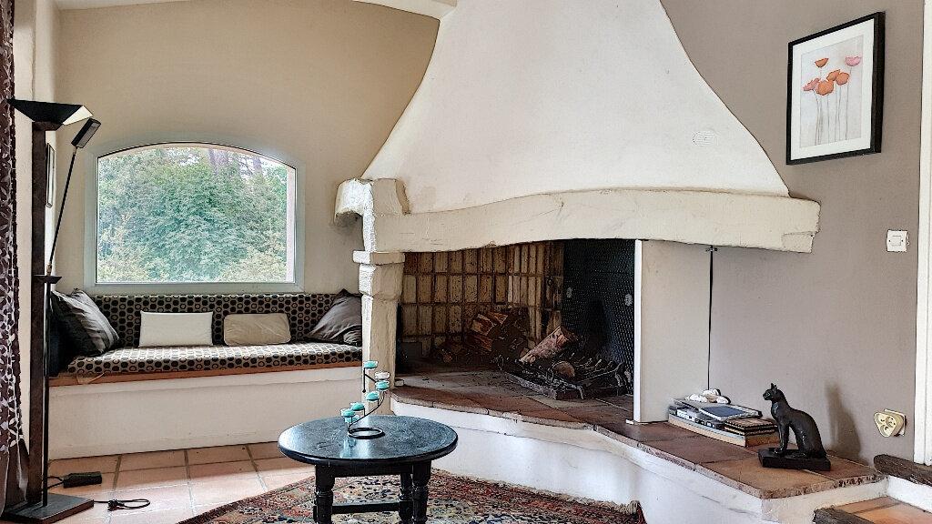 Maison à vendre 7 187m2 à Roquefort-les-Pins vignette-5
