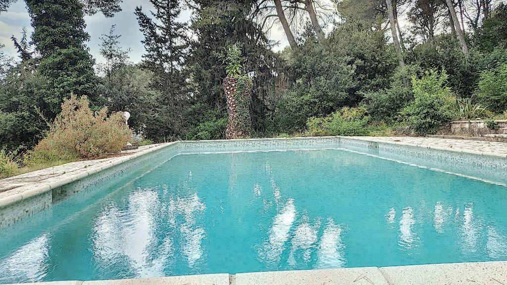 Maison à vendre 7 187m2 à Roquefort-les-Pins vignette-6