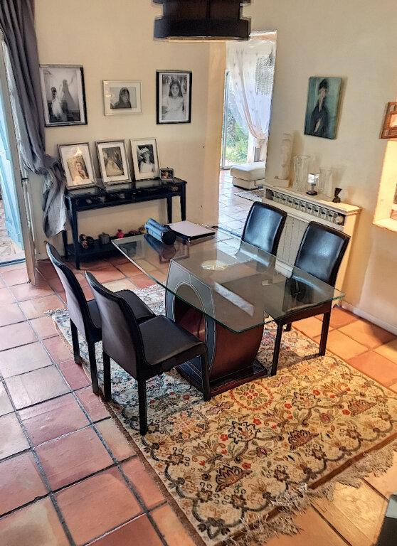 Maison à vendre 7 187m2 à Roquefort-les-Pins vignette-13