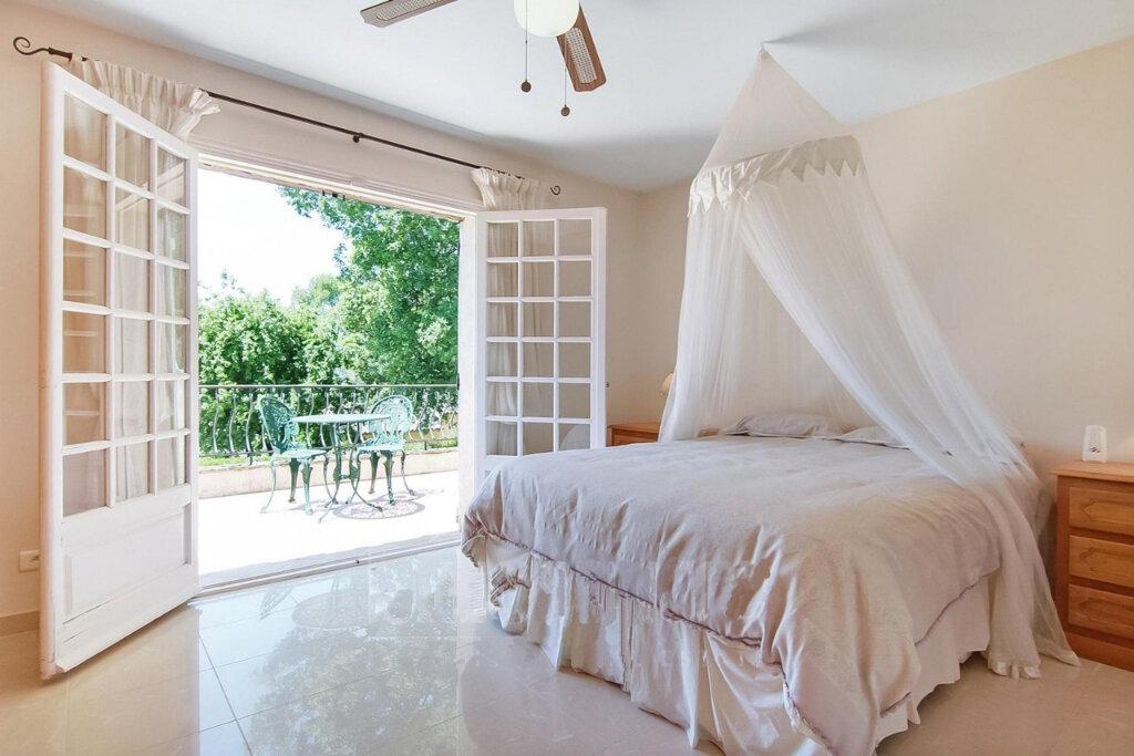 Maison à vendre 7 180m2 à Roquefort-les-Pins vignette-7