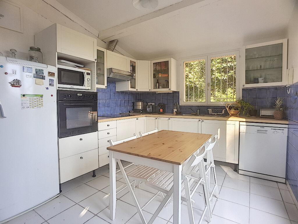 Maison à vendre 7 161m2 à Roquefort-les-Pins vignette-3