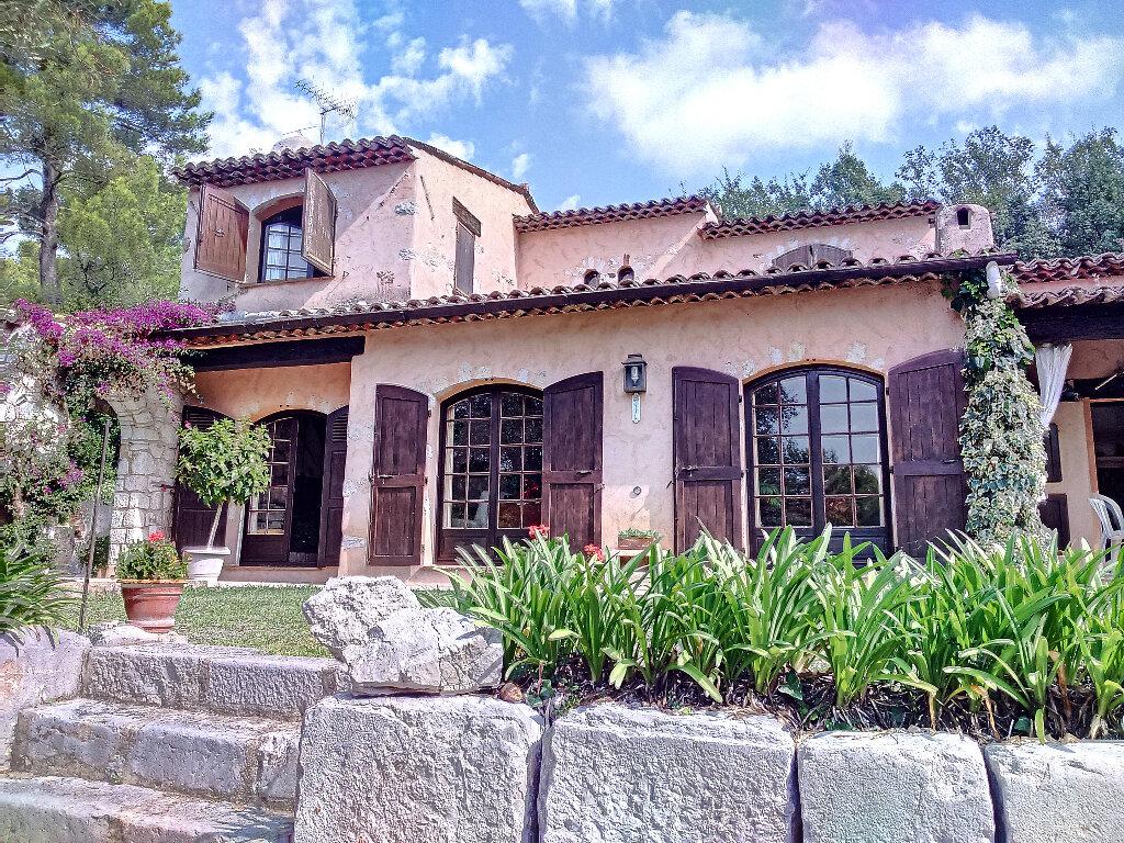 Maison à vendre 6 148m2 à Roquefort-les-Pins vignette-1