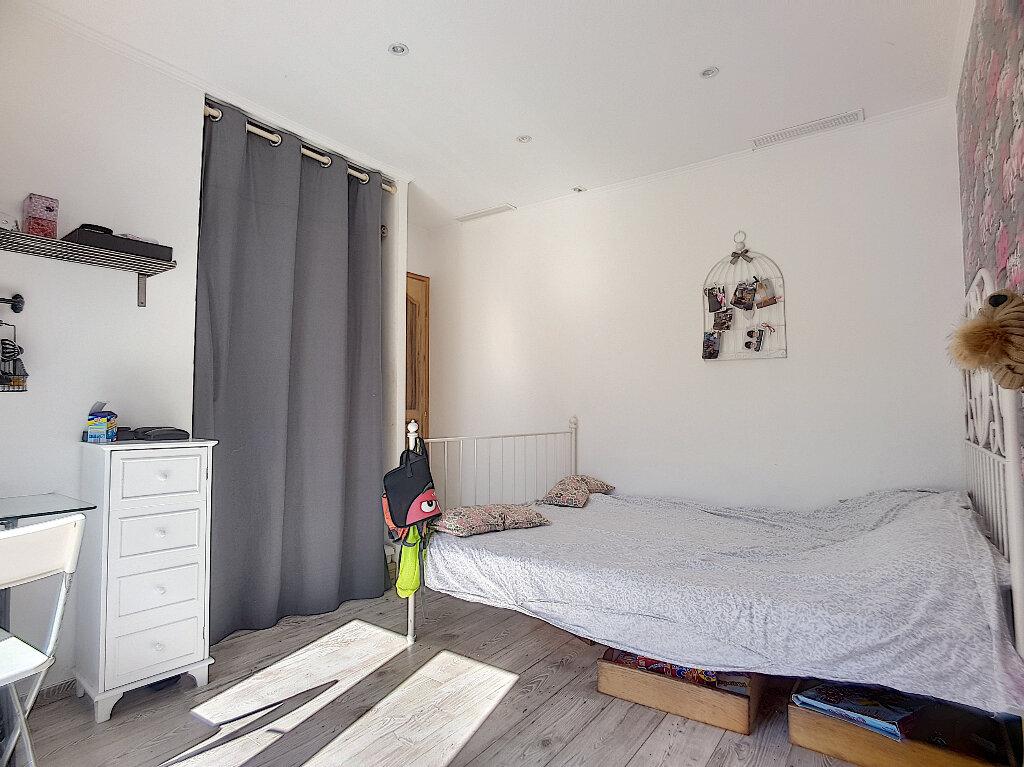 Maison à vendre 6 205m2 à Roquefort-les-Pins vignette-5