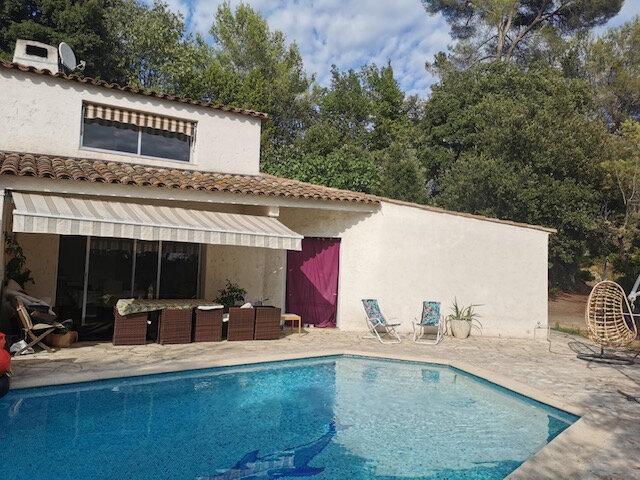 Maison à louer 4 140.33m2 à Roquefort-les-Pins vignette-1