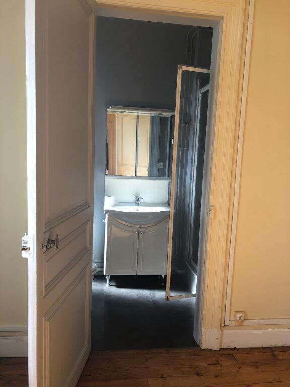 Appartement à louer 4 120m2 à Biarritz vignette-10
