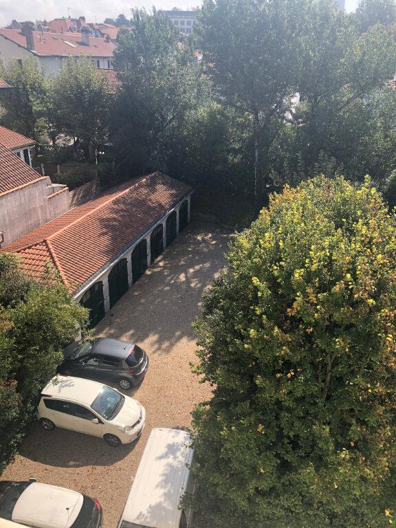 Appartement à louer 4 120m2 à Biarritz vignette-13