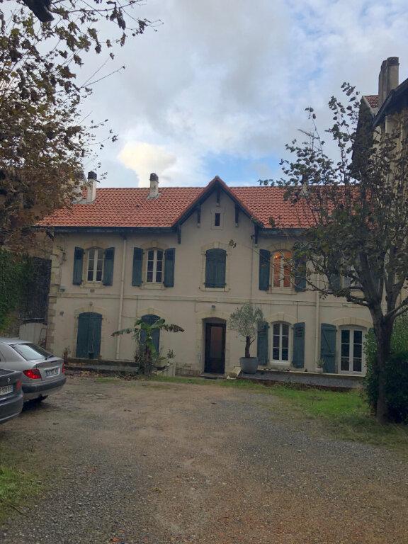 Appartement à louer 2 44.66m2 à Biarritz vignette-1