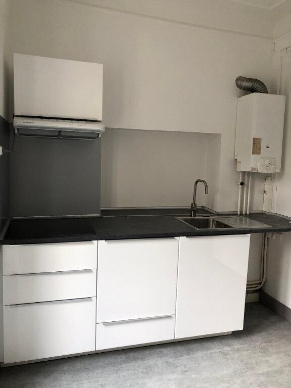 Appartement à louer 2 44.66m2 à Biarritz vignette-5