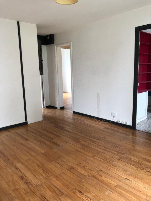 Appartement à louer 3 57.31m2 à Bayonne vignette-3