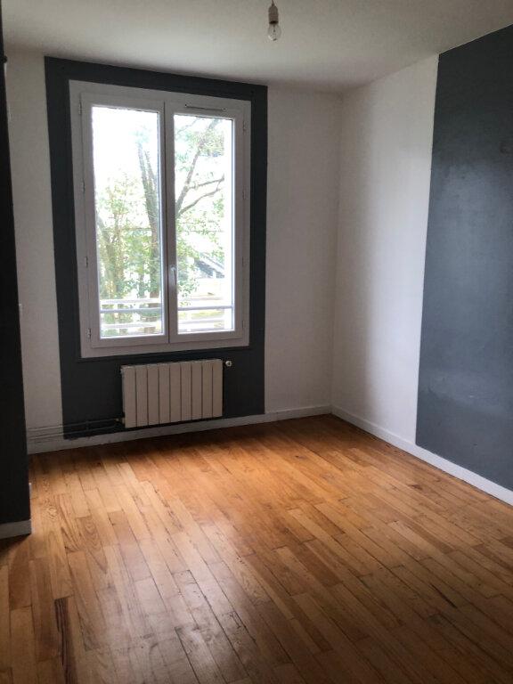 Appartement à louer 3 57.31m2 à Bayonne vignette-7