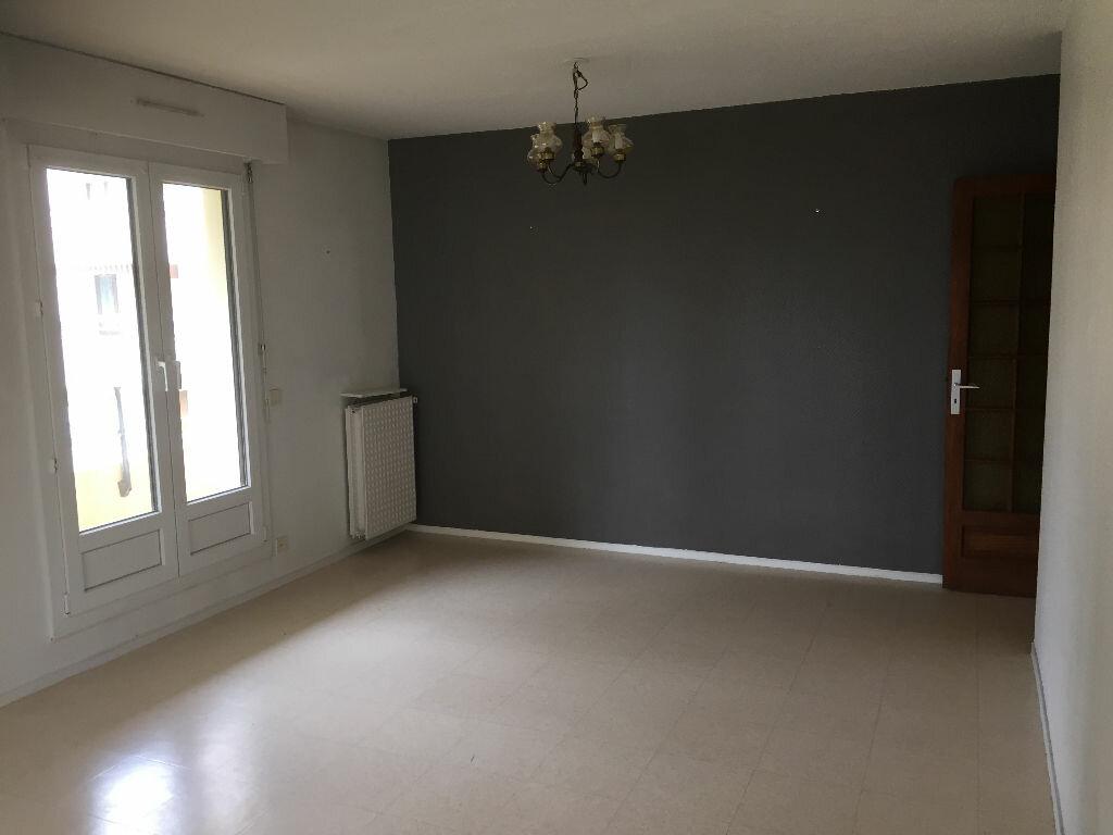 Appartement à louer 4 85m2 à Bayonne vignette-3