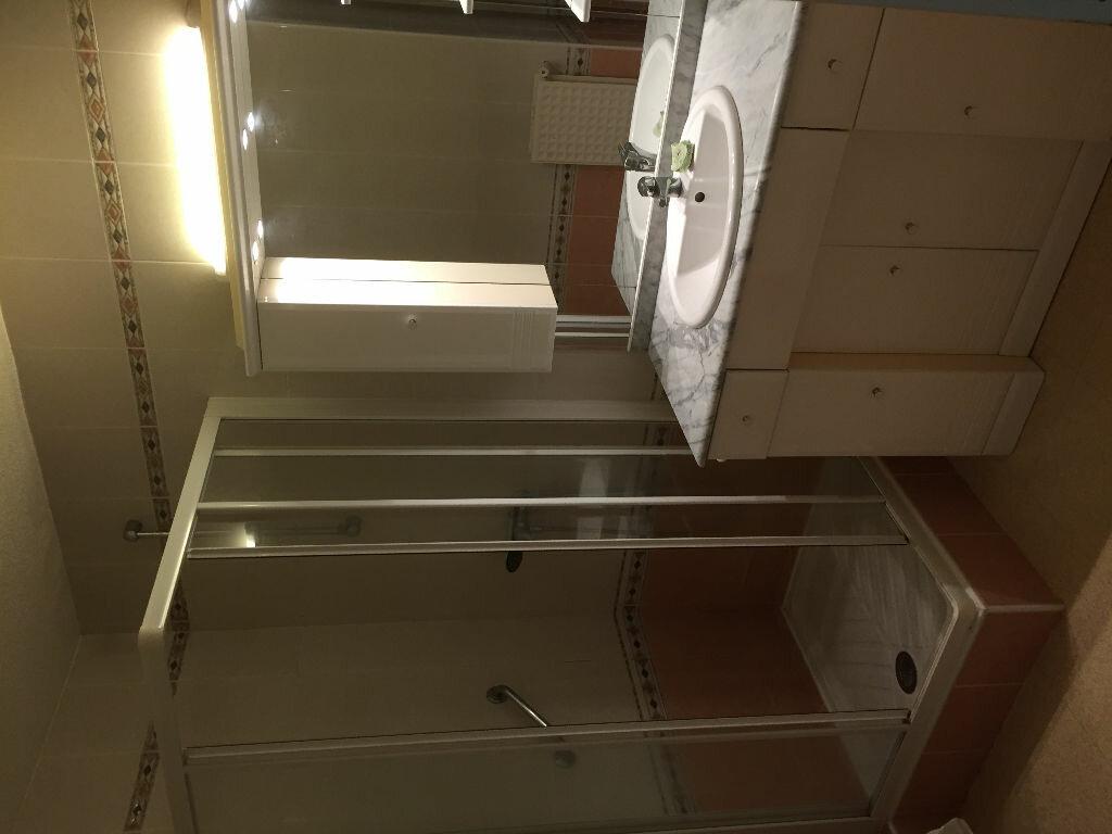 Appartement à louer 4 85m2 à Bayonne vignette-8