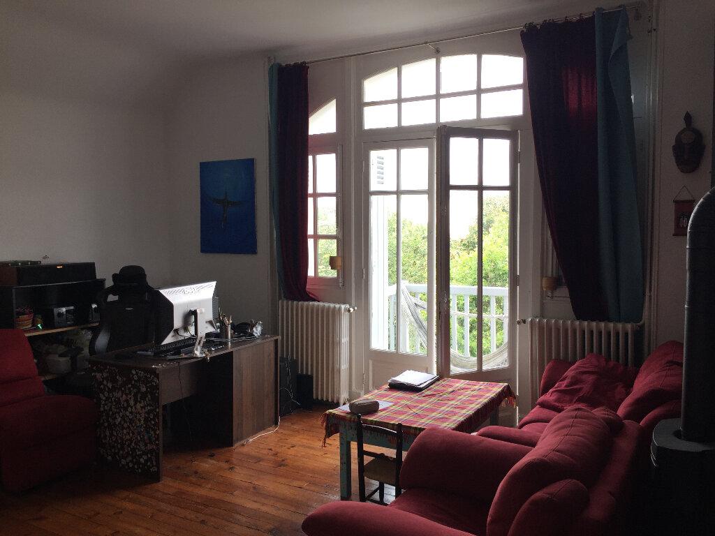 Appartement à louer 4 79.8m2 à Bayonne vignette-1