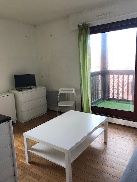 Appartement à louer 1 23.39m2 à Anglet vignette-2