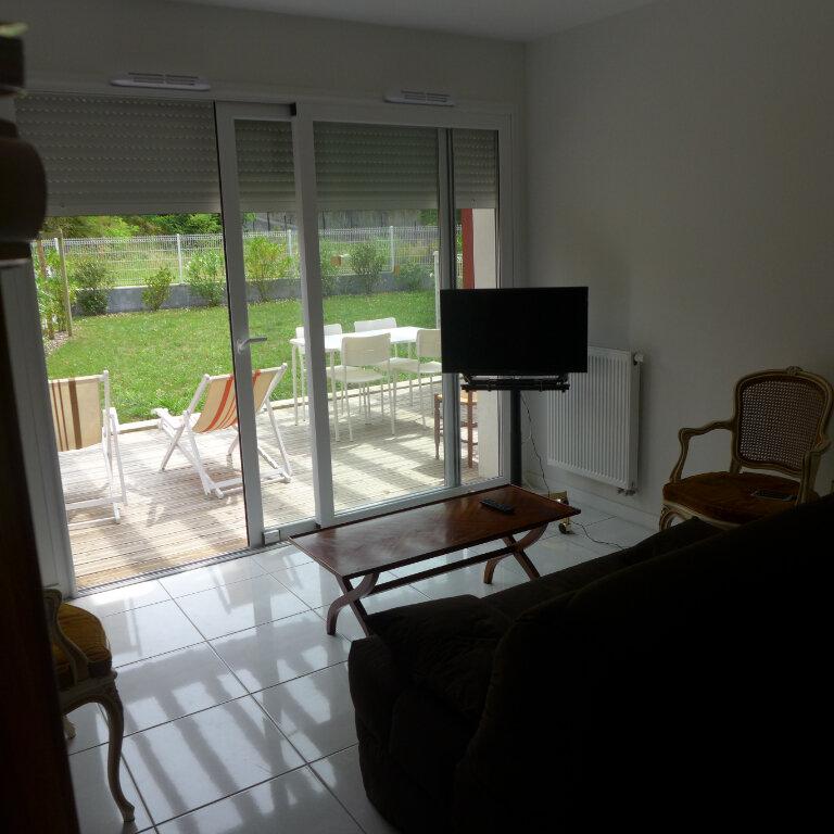 Appartement à louer 3 65.5m2 à Anglet vignette-3