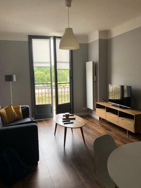 Appartement à louer 1 41m2 à Bayonne vignette-1