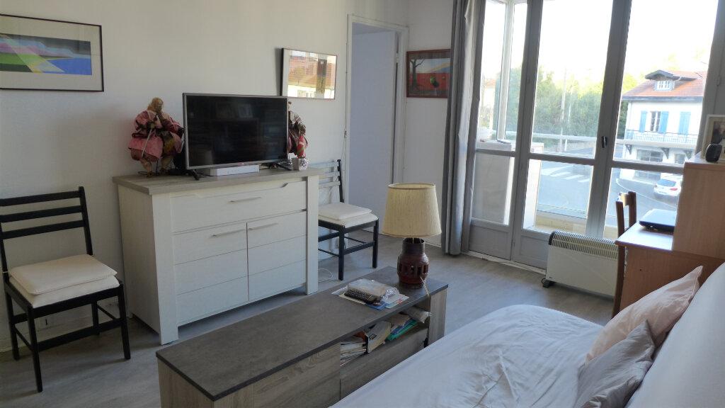 Appartement à vendre 2 40m2 à Biarritz vignette-2