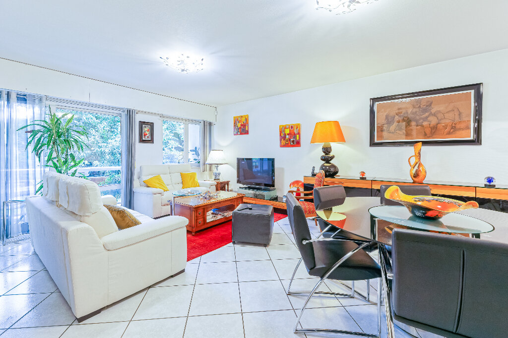 Appartement à vendre 4 103m2 à Biarritz vignette-1