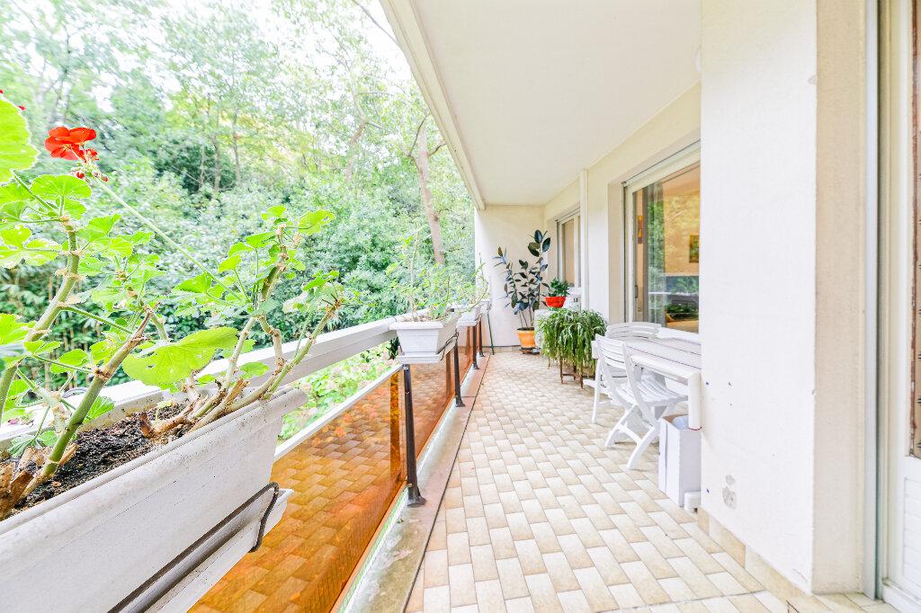 Appartement à vendre 4 103m2 à Biarritz vignette-4