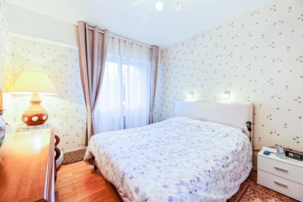 Appartement à vendre 4 103m2 à Biarritz vignette-8