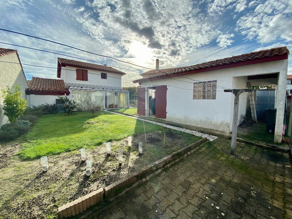 Maison à vendre 5 95m2 à Anglet vignette-3