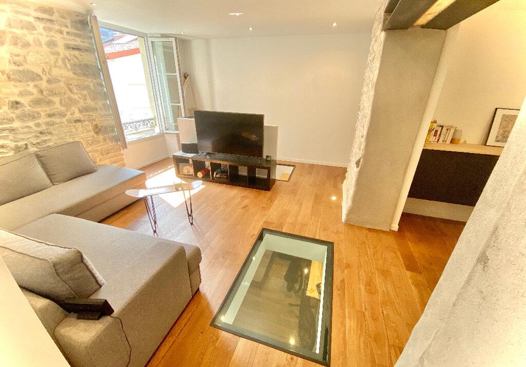 Appartement à vendre 2 54m2 à Biarritz vignette-1