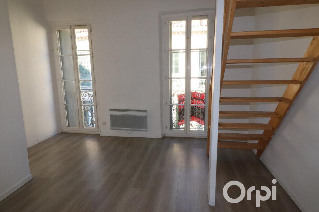 Appartement à louer 3 46m2 à Roquevaire vignette-2