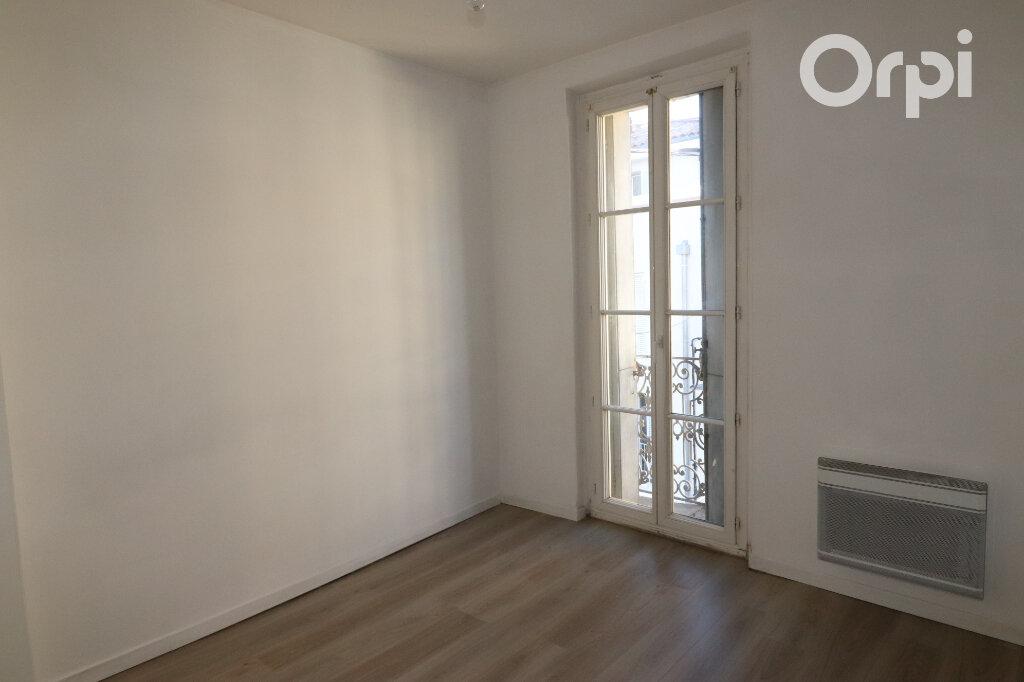 Appartement à louer 3 46m2 à Roquevaire vignette-3