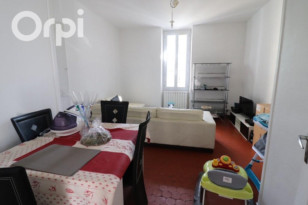 Appartement à louer 3 77m2 à Roquevaire vignette-1