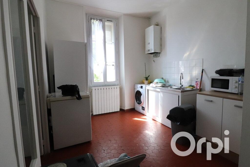 Appartement à louer 3 77m2 à Roquevaire vignette-2