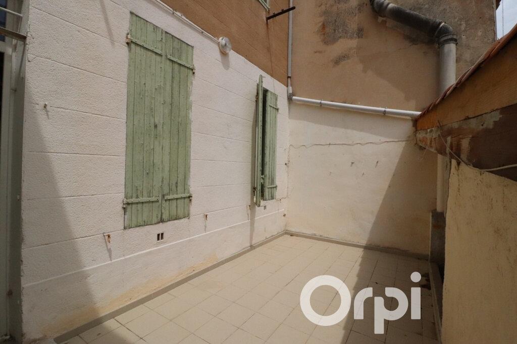 Appartement à louer 2 31.72m2 à Roquevaire vignette-1