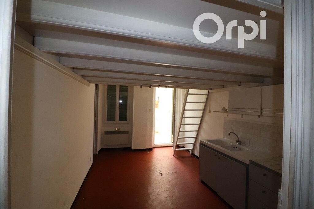 Appartement à louer 2 31.72m2 à Roquevaire vignette-2