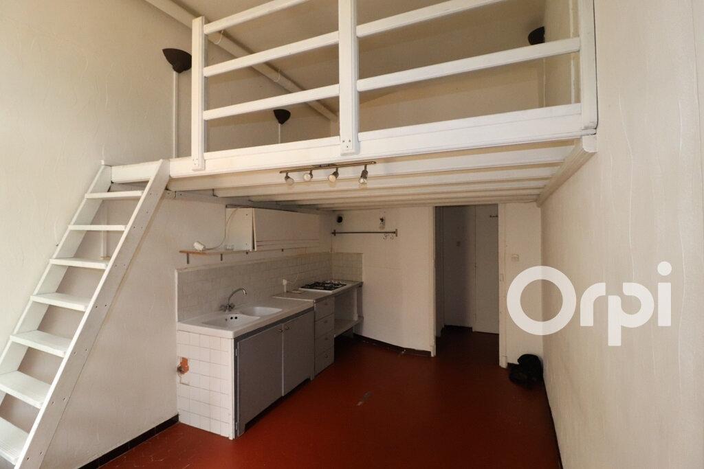 Appartement à louer 2 31.72m2 à Roquevaire vignette-3