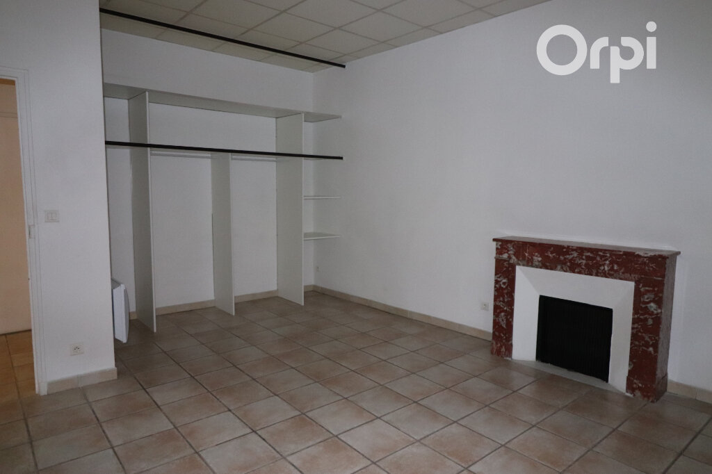 Appartement à louer 2 45.6m2 à Roquevaire vignette-2